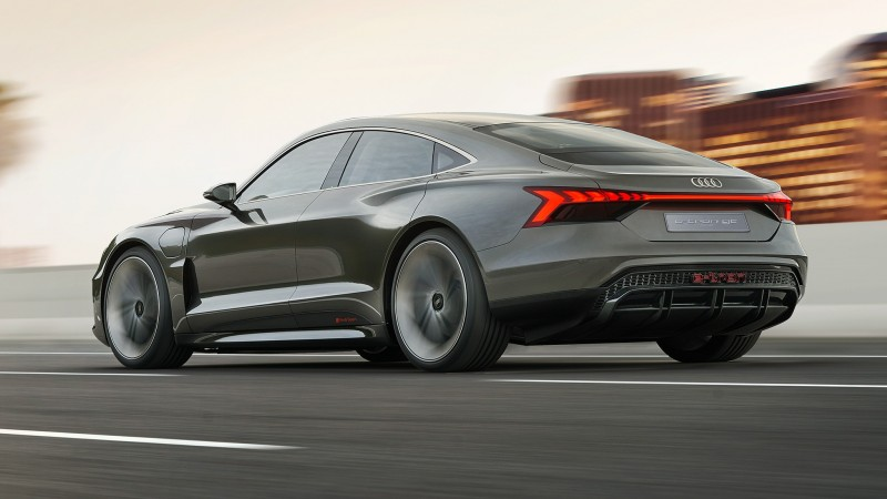 Audi e-tron GT Concept Revealed - a 590bhp Electric Audi 'Taycan'