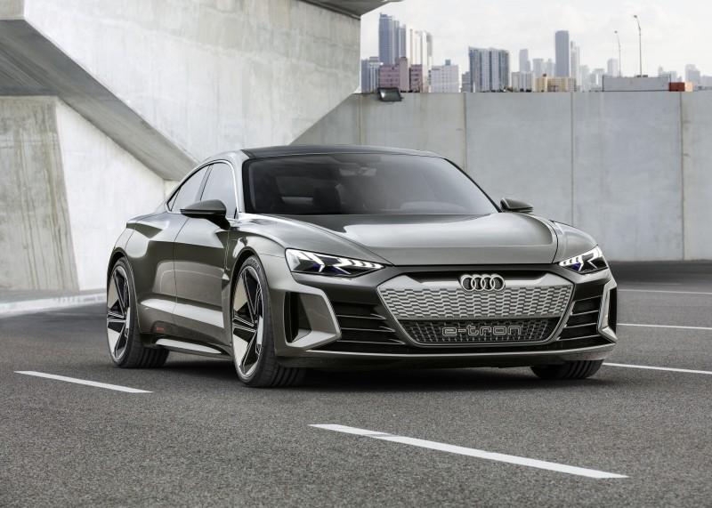 Audi e-tron GT Concept Revealed - a 590bhp Electric Audi 'Taycan'
