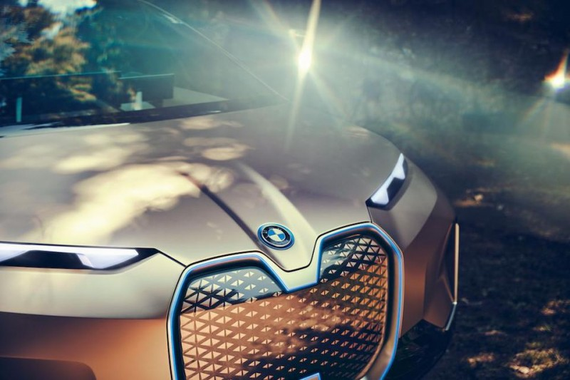 BMW Presents The Future With The Piloted Electric Vision iNext